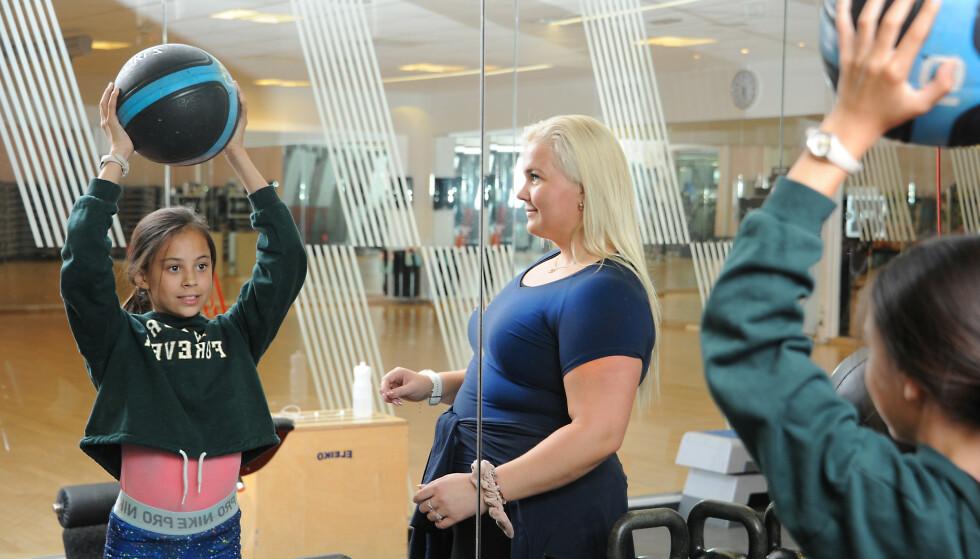 GLEDE: Linnéa liker ikke lagidrett, men med personlig trener har hun funnet treningsgleden. FOTO: Marianne Otterdahl-Jensen