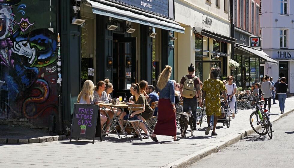 BYLIV: På Grünerløkka finner man et vell av sjarmerende spisesteder og butikker. Foto: Visit Oslo/Tord Baklund