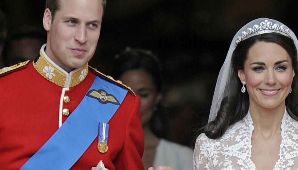 Avslører detaljer om brudekjolen