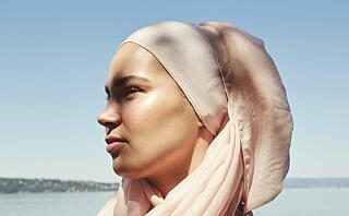- En gutt rev av meg hijaben i sinne i storefri