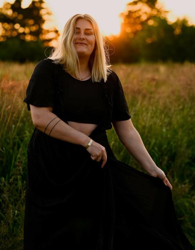 MINA KNUDSEN: Knudsen er ansvarlig for sosiale medier i KK. Hun kaller kjente profilers bildemanipulering «livsfarlig». FOTO: Ole Andreas Knudsen