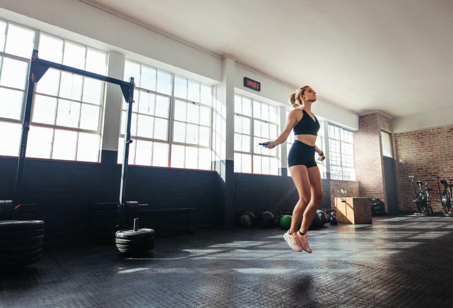 EFFEKTIVT: Hoppetau er ifølge ekspert et svært effektivt treningsverktøy som passer perfekt til å supplere med annen type trening. FOTO: NTB Scanpix