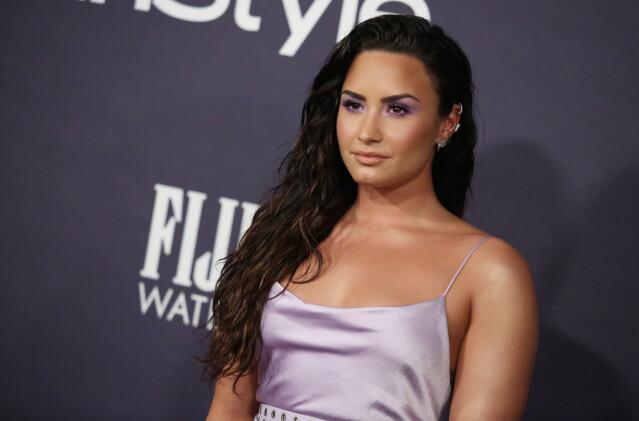STORESØSTER: Madison De La Garza og Demi Lovato har samme mor. Her er sistnevnte avbildet under en prisutdeling i fjor. FOTO: Scanpix