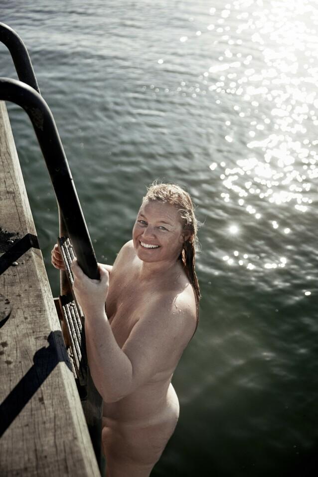– Jeg sier det glad og fornøyd: Jeg er tjukkere enn jeg har vært på ti år, erklærer Michelle Hviid. FOTO: Ulrik Jantzen
