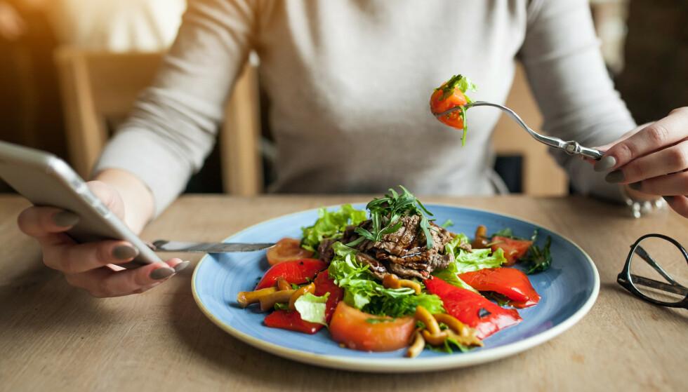 DIETT: Eksperten vi har snakket med tror at matvalgene vi tar mens man går på en fastediett, automatisk vil endres til det bedre. FOTO: NTB