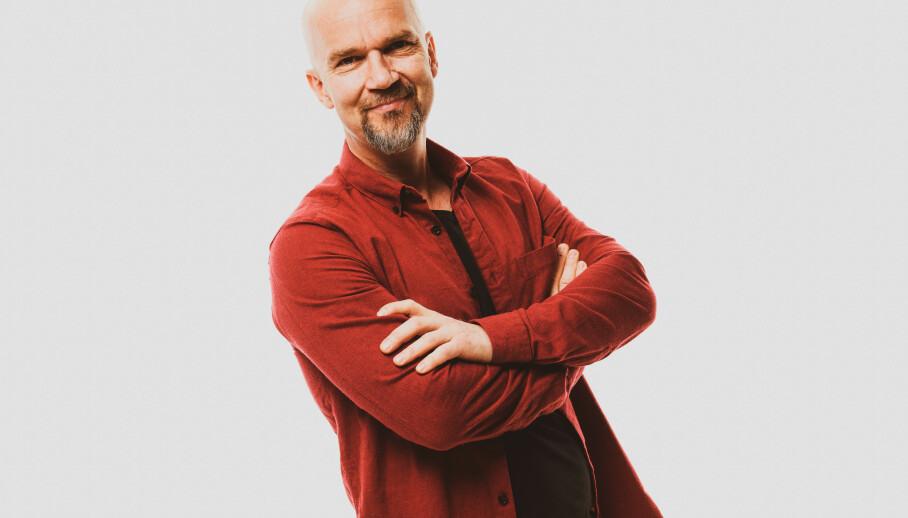 SYSTEMFEIL: Fredrik Steen fikk snakka med mange kundebehandlarar på vegen til ny telefon. FOTO: John Andresen