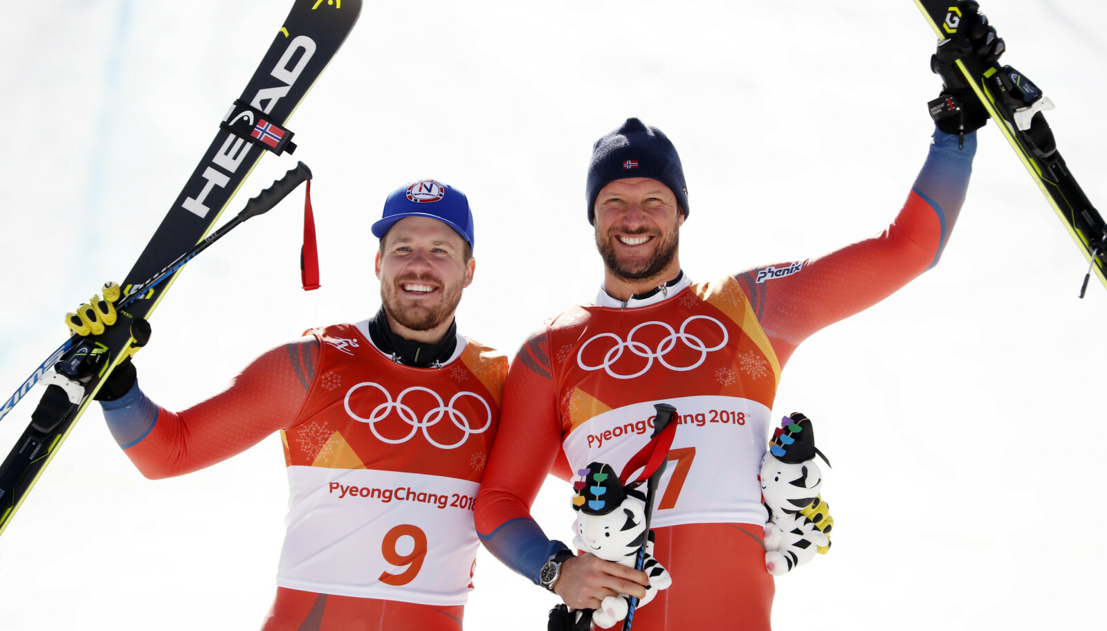 STORT ØYEBLIKK: Under OL i Pyeongchang ble det dobbelt norsk da Aksel Lund Svindal vant OL-gull i utfor menn og Kjetil Jansrud tok sølv. Dette er noe av det vi får se i dokumentarfilmen som kommer i november. Året etter, i 2019, la Aksel opp. FOTO: Cornelius Poppe / NTB scanpix