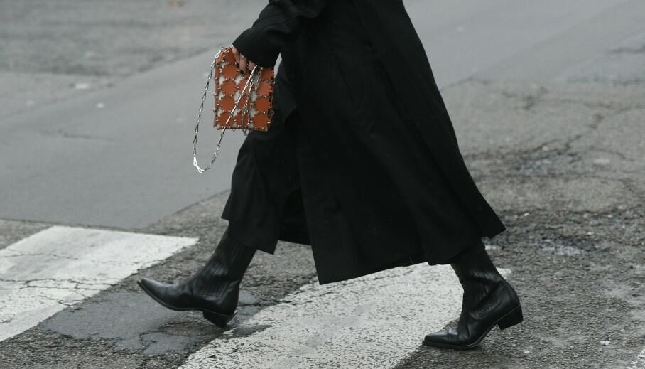 HØSTMOTE: Hvilke boots går du for? Enkle i svart eller noen i et sprekt mønster? Foto: NTB Scanpix