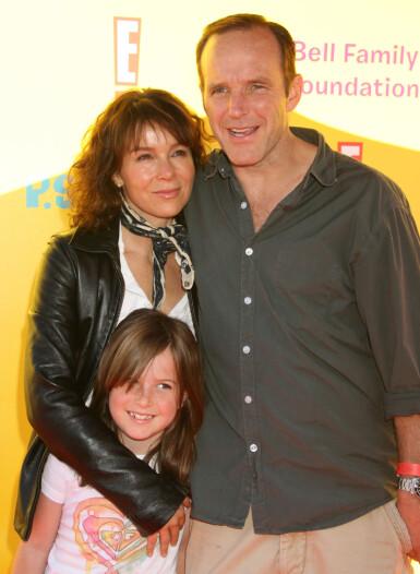 DEN GANG DA: Jennifer Grey, datteren Stella, og ektemannen Clark Gregg under en filmpremiere i 2009. FOTO: NTB scanpix
