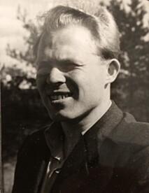 STAUT: Torstein Axelsen fotografert på begynnelsen av 50-tallet. FOTO: Privat