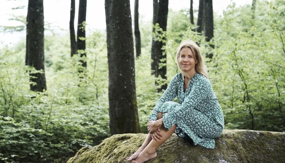 HEMMELIGHETER: Linda Lund Nilsson har skrevet boken «Kjære bestemor. Alt vi ikke snakket om», der hun nøster i bestemorens liv. FOTO: Morten Rakke