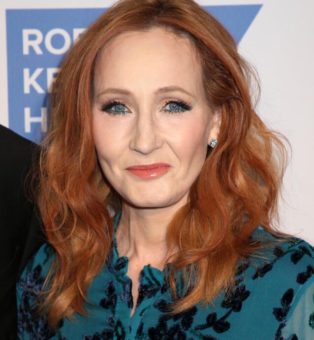 <strong>MAGISK RIK:</strong> Det var ikke et trylleslag, men snarere hardt arbeid og en dose flaks som gjorde at J. K. Rowling kunne gå fra fattig til styrtrik. Her fra Ripple Of Hope Gala and Auction i New York i 2019. FOTO: NTBScanpix