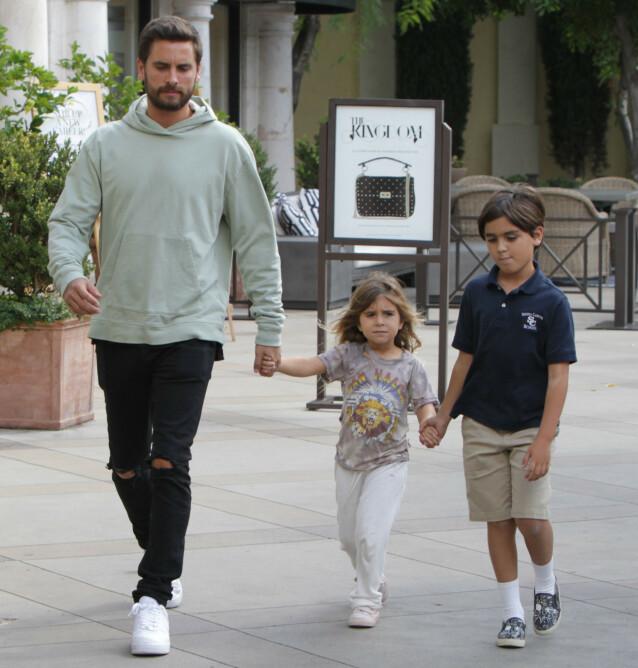 Scott Disick og barna Penelope og Mason. Foto: NTB Scanpix