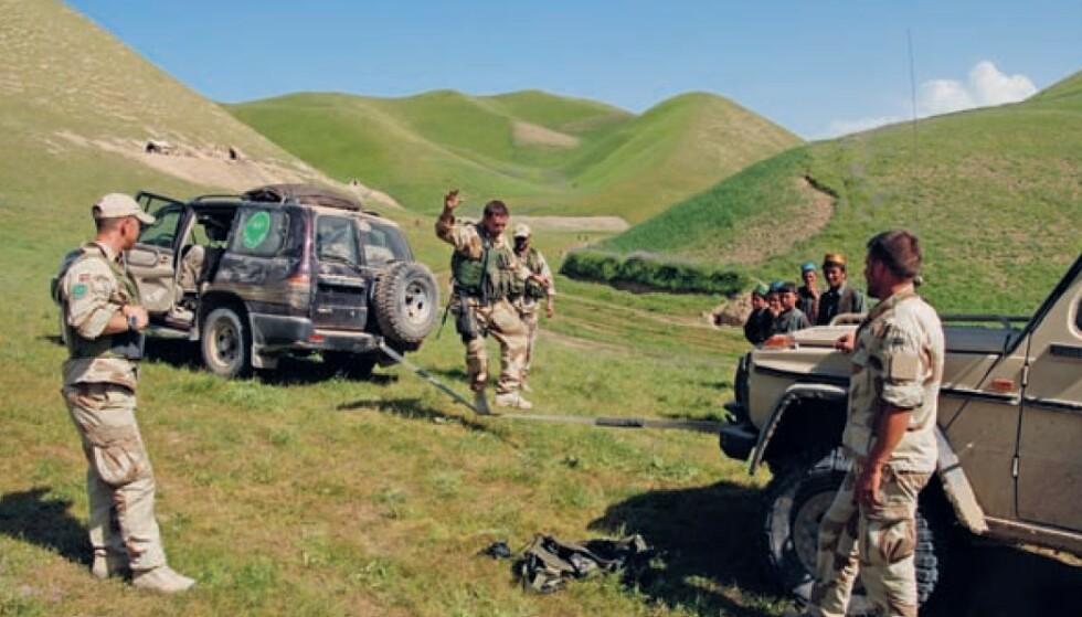MELLOM SLAGA: Sosial patrulje under deployering i Nord-Afghanistan i 2007. FOTO: Privat