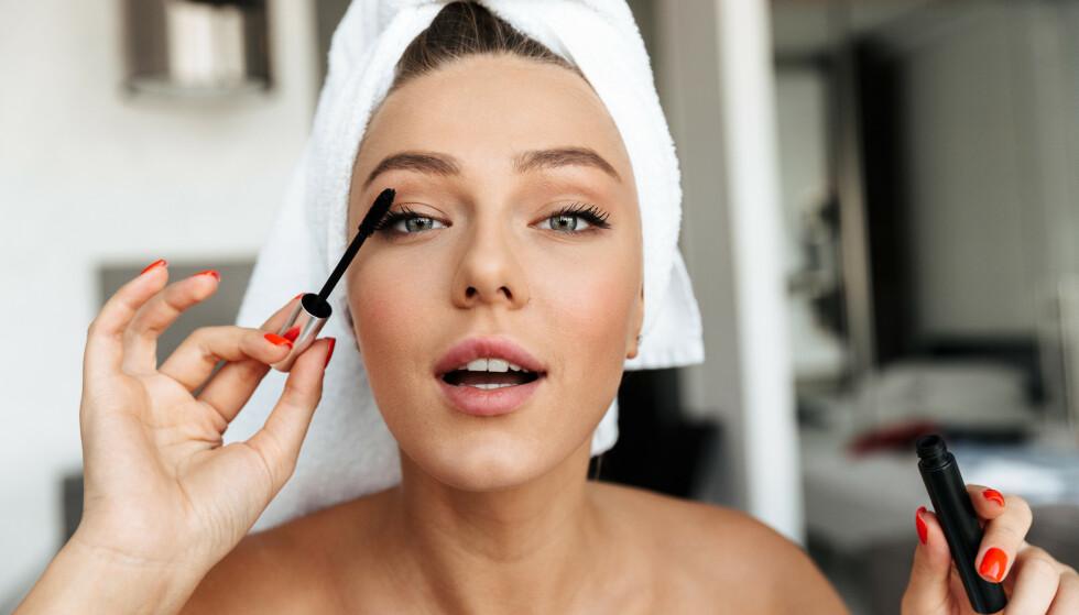 MAKEUP: Er du klar for endre litt på makeup-rutinen din? FOTO: NTB