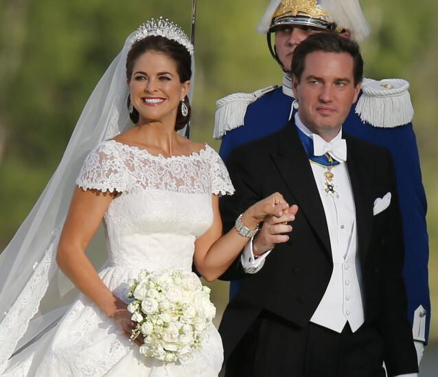 Prinsesse Madeleine og Chris O'Neill ankommer Drottningholm utenfor Stockholm. FOTO: NTB