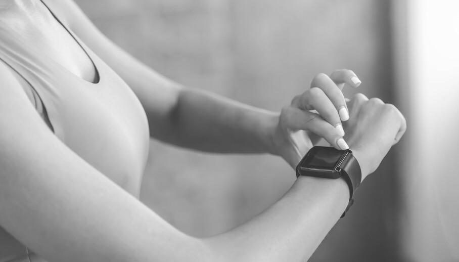 TRUE CRIME: De siste årene er det flere draps- og straffesaker som er blitt oppklart ved å bruke informasjon hetet fra treningsutstyr som fitbit og treningsapper. Kan det også skje her hjemme i Norge? ILLUSTRASJONSFOTO: NTB