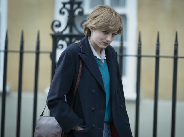 <strong>SKO Å FYLLE:</strong> Å portrettere legendariske Diana er ingen lett oppgave. Denne gang er det Emma Corrin som skal til pers, i sesong 4 av The Crown. FOTO: Netflix