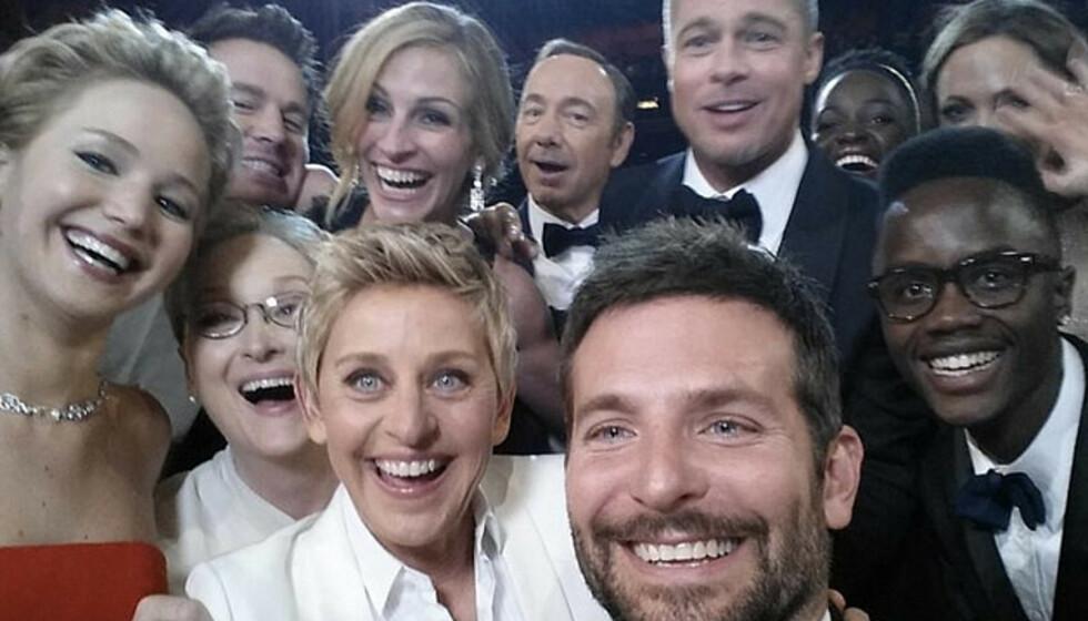 VERDENS MEST KJENTE SELFIE? Det finnes mange selfier i verden, men denne er kanskje den mest kjente. Foto: @theellenshow