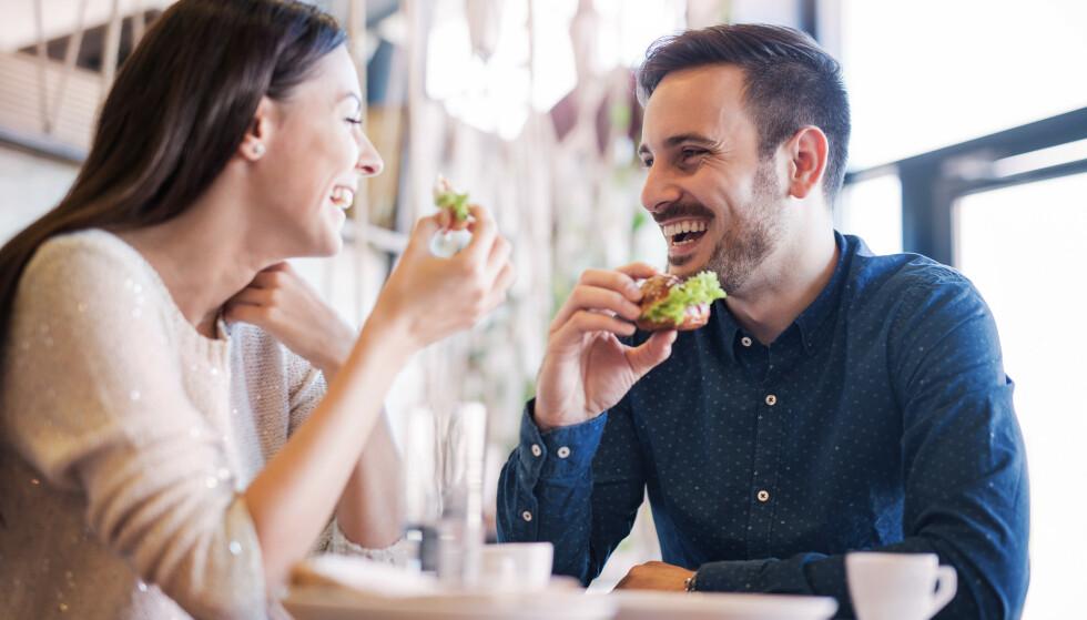 VIL BLI LIKT: Det er naturlig å prøve å tilpasse seg den andre parten i et forhold, men vær obs hvis dere er enige om absolutt alt.