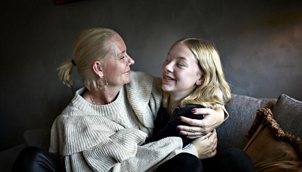 NÆRT: Maria og datteren Alva har et spesielt nært forhold. FOTO: Geir Dokken