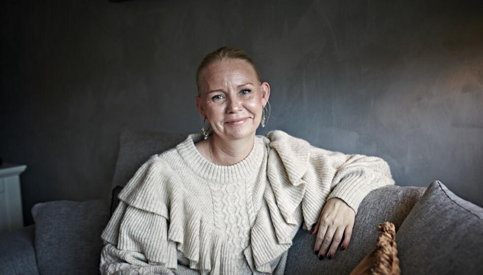 ÅPEN: - Jeg velger å være åpen i håp om å hjelpe andre, sier Maria. FOTO: Geir Dokken