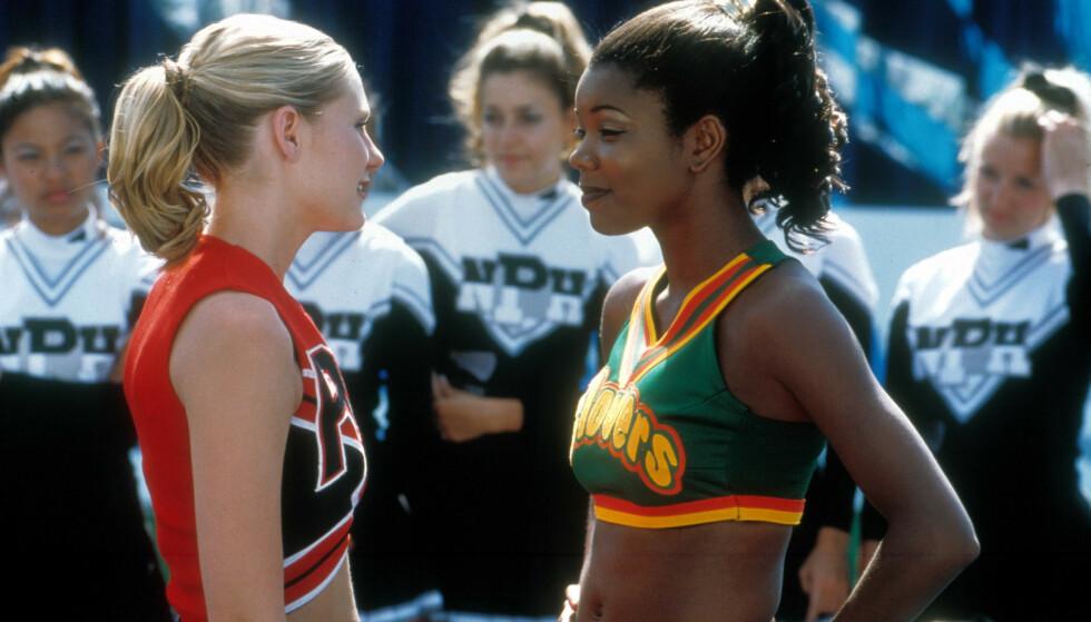 BRING IT ON: Kirsten Dunst (t.v.) og Gabrielle Union (t.h.) hadde hovedrollene i cheerleader-filmen fra 2000. Foto: NTB