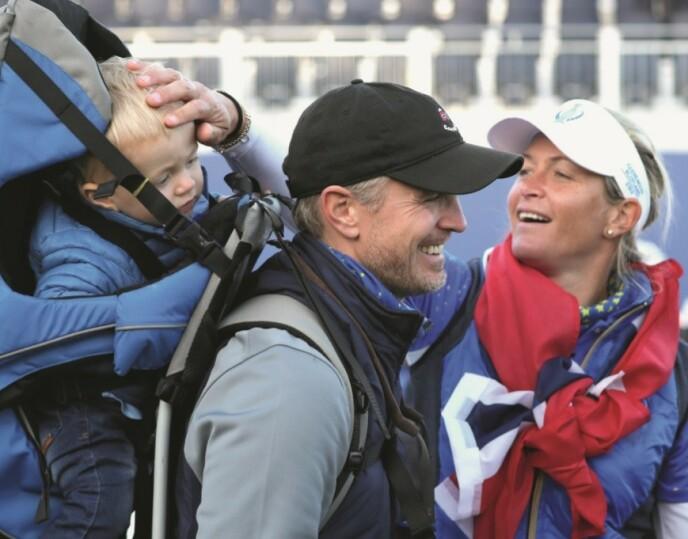 MAMMA: Etter at hun ble mor ble synet på idretten og livet generelt brått endret for Suzann. Nå var det ikke lenger seieren på golfbanen som var viktigst - men å ha Herman (2) på sidelinja. FOTO: NTB