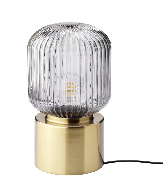 Lampe (kr 350, Ikea). FOTO: Produsenten