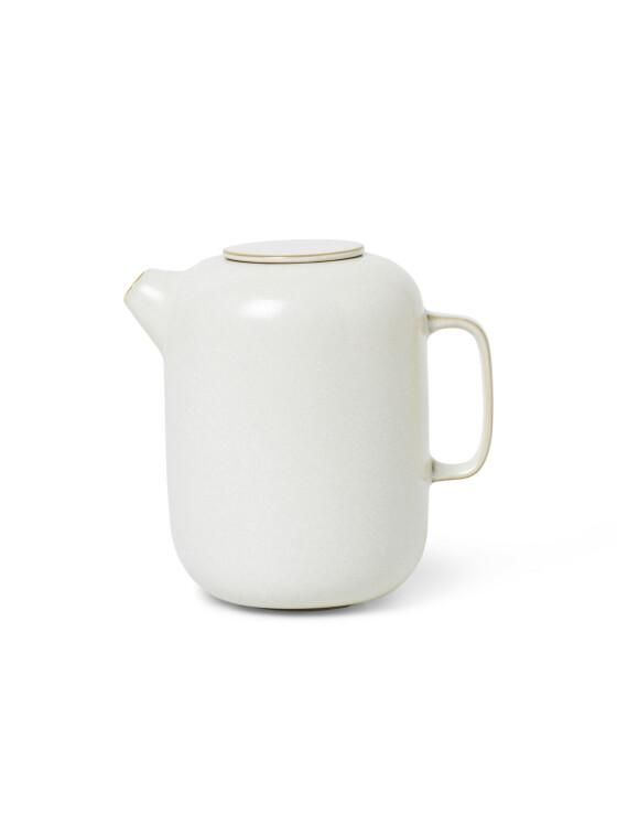 Mugge i keramikk (kr 250, Ferm Living). FOTO: Produsenten