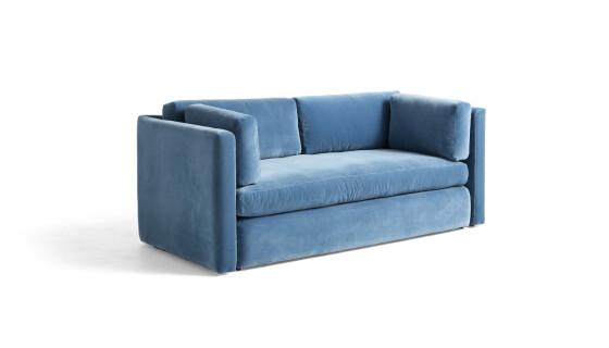 Sofa (kr 20 400, Hay). FOTO: Produsenten