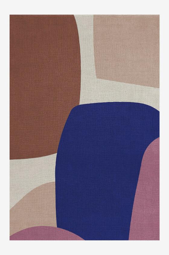 Teppe med abstrakt mønster (kr 10 900, Layred). FOTO: Produsenten