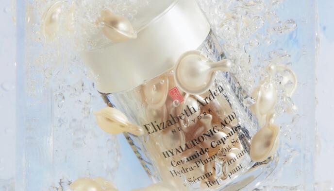 FUKTBOMBER! Med fuktmagneten hyaluronsyre og beskyttende ceramider som holder fukten på plass inne i huden.