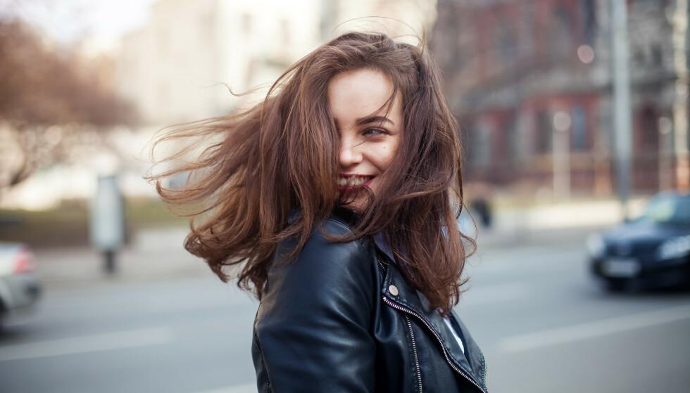 KAN BLI METTET: Bruker du samme sjampo over lengre tid, kan det hende håret ditt rett og slett får nok av det. Foto: Scanpix