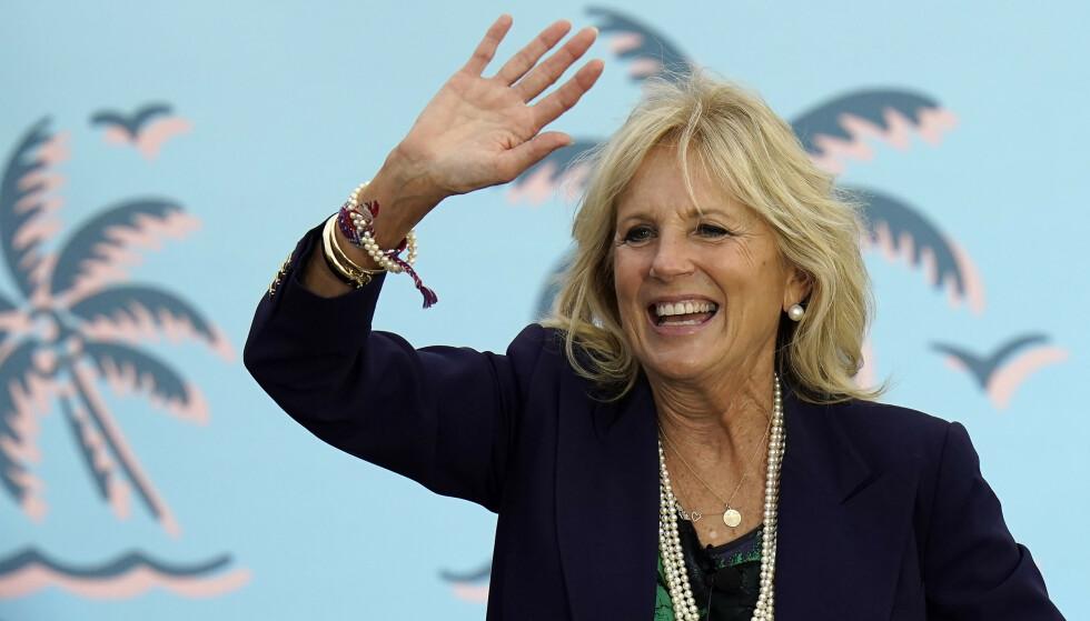 VALGKAMP: Jill Biden har vært særdeles aktiv i sin manns presidentvalgkamp. Her fra Florida, der valget ikke gikk Bidens vei.