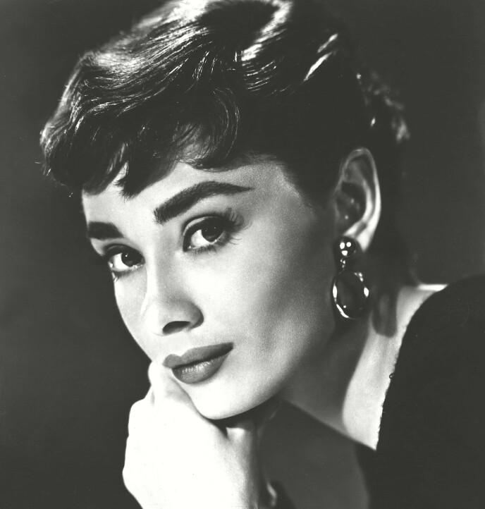 MYE BRYN: Det skulle ikke stå på bryna da krigen var over og landet skulle bygges. Audrey Hepburn var en foregangskvinne, i så måte. FOTO: NTB