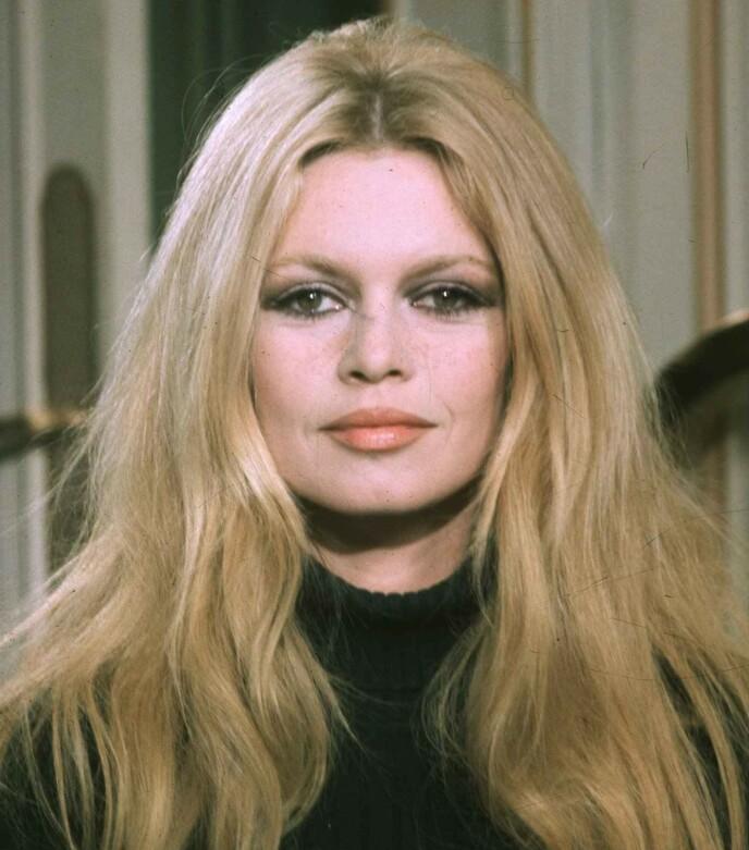 IKON: Brigitte Bardot er kjent som en av verdens vakreste kvinner. Her med mer fokus på øyne enn på bryn. FOTO: NTB