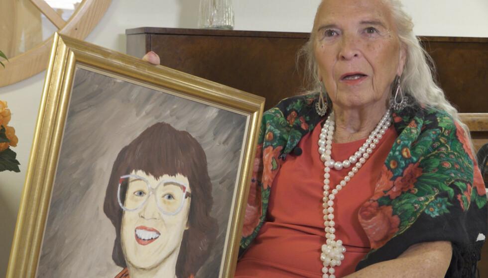OLJEMALERI: Portrettet av Inger har Birgittta selv malt. Foto: Hamon Moravejzadeh