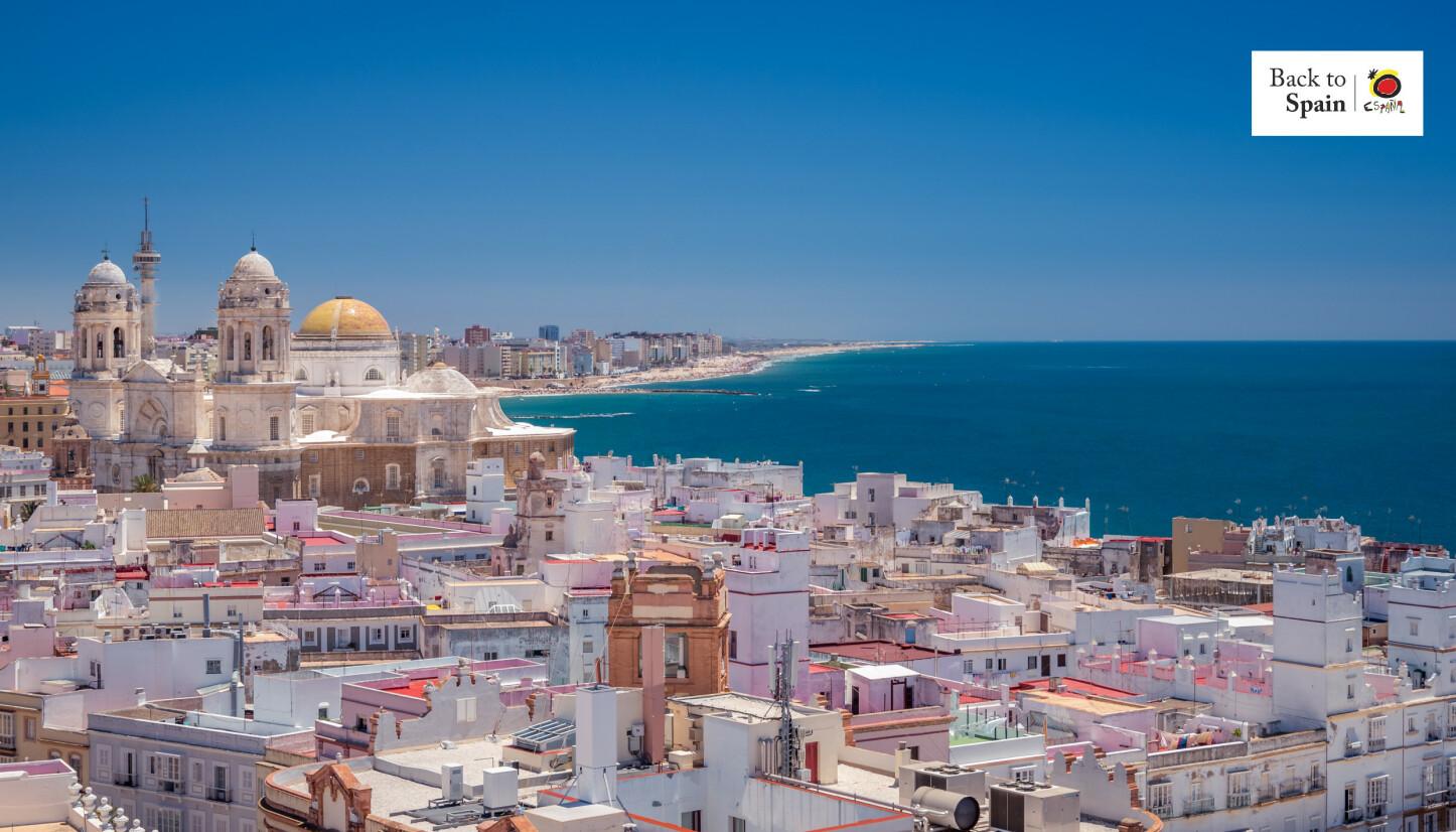HISTORISK OG NYDELIG: Cádiz er et reisemål som har det aller meste. Foto: cadizturismo.com