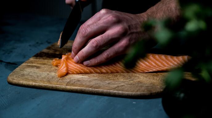 KVALITET: Ved å bruke laks av sushikvalitet, blir denne retten enda bedre.