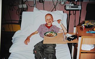 Sønnen var bare 8 år da han fikk hjerneslag
