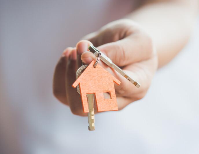 LØNNER SEG: Ifølge eiendomsmegleren går de aller færreste i tap ved å eie bolig. Foto: NTB
