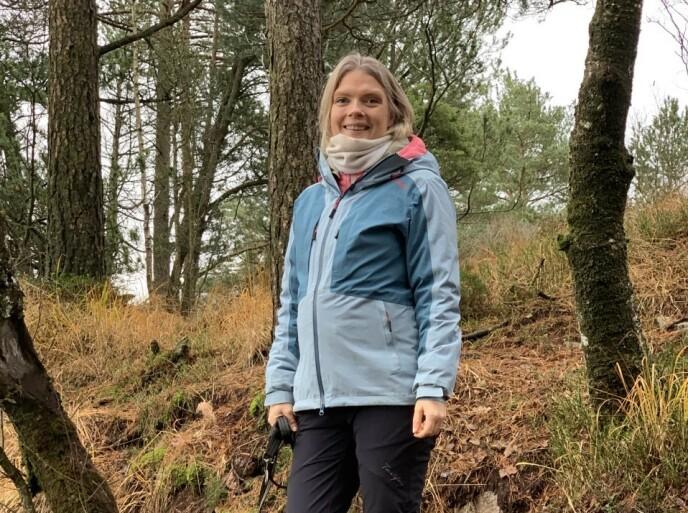 OPPDAGET TIDLIG: Sjøgrens syndrom rammer vanligvis kvinner over 45 år, men Ida var bare 15 år gammel da hun fikk diagnosen. – I ettertid ser jeg at jeg har hatt symptomer fra barneskolealder, forteller hun. FOTO: Privat