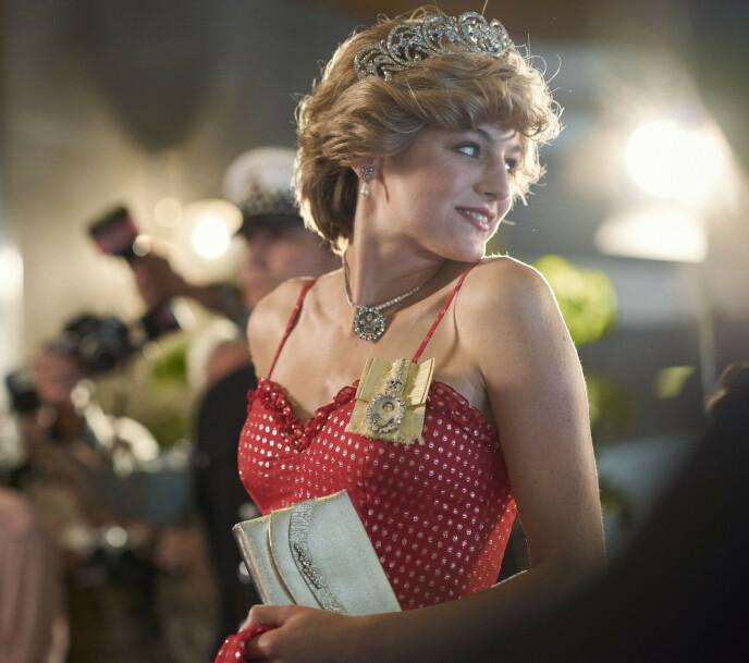 STJERNESKUDD: Emma Corrin har fått mye oppmerksomhet for rollen som Diana i The Crown. Foto: NTB