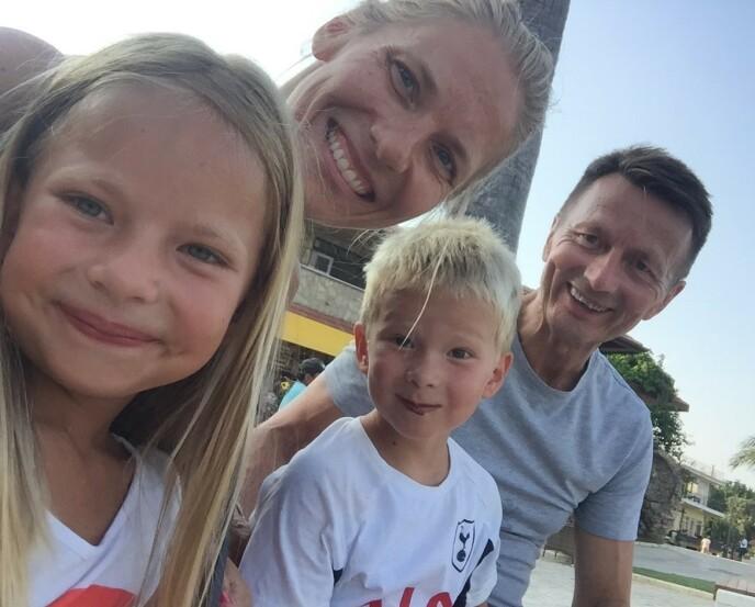 MISTET FAREN: Agnes og Jørgen var bare fem og sju år da de opplevde å miste faren. FOTO: Privat