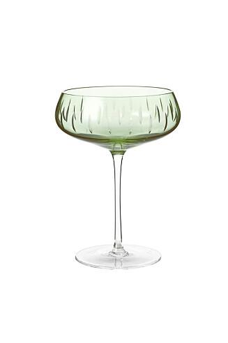 Champagneglass (kr 600, Louise Roe).