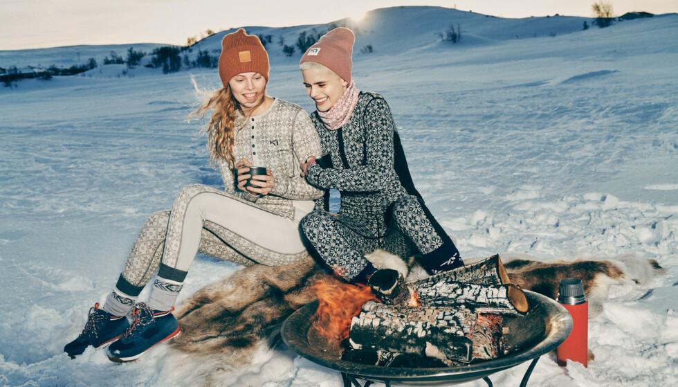 VARME TANKER: Hva en kvinne ønsker seg kan være en gåte, men ikke tvil på at kvinner liker å holde varmen mens de ser bra ut.