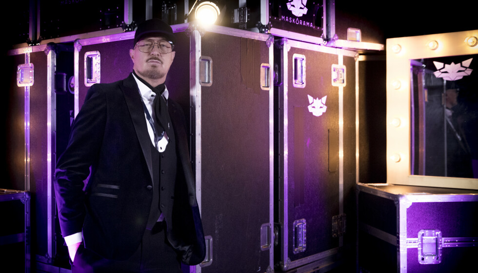 MASKORAMA: Det er Kjell Nordström som har laget kostymene til NRK-programmet som får folk til å klø seg i hodet. Foto: Julia Naglestad/NRK
