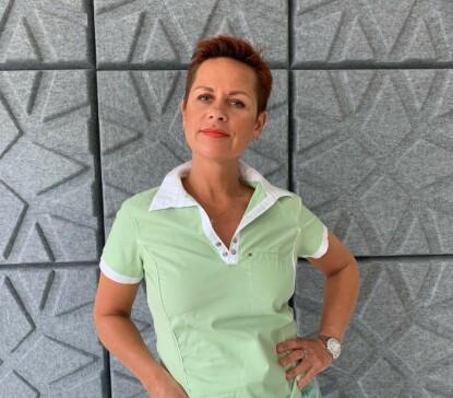UKJENT ÅRSAK: Men arvelige faktorer kan ifølge revmatolog Irina Midtgard være en årsak til at noen utvikler leddgikt. FOTO: Privat