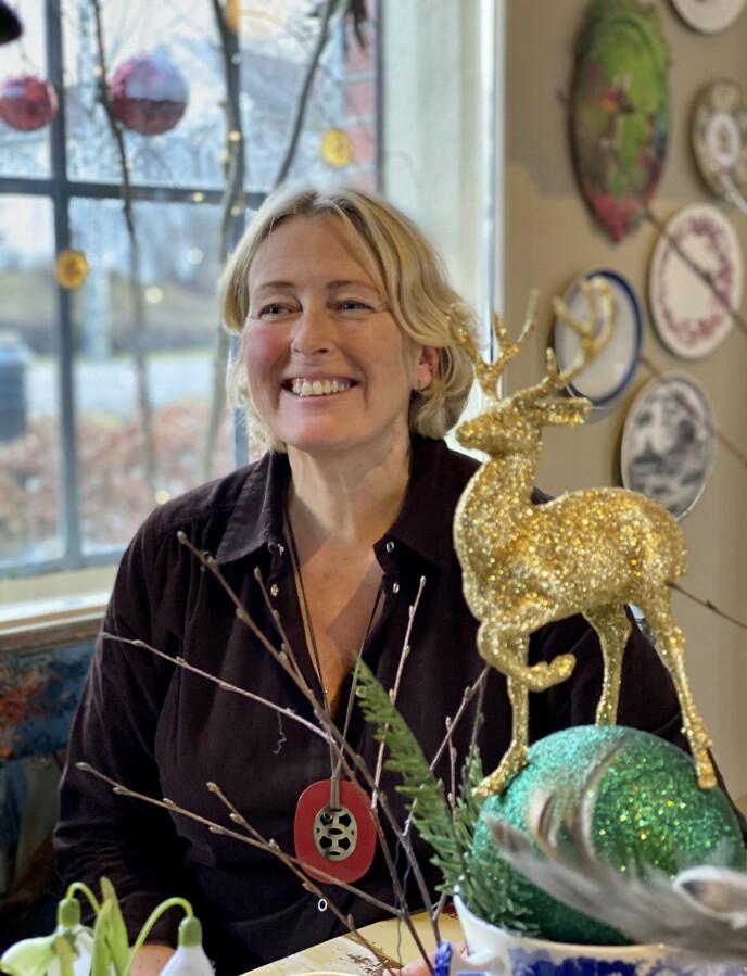MORE IS MORE: Benedikte Ferner elsker glitter, gull og paljetter, og lever på uttrykket more is more. FOTO: Lasse Engeland